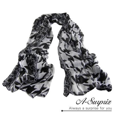 A-Surpriz 千鳥格紋巴黎紗圍巾(黑白)