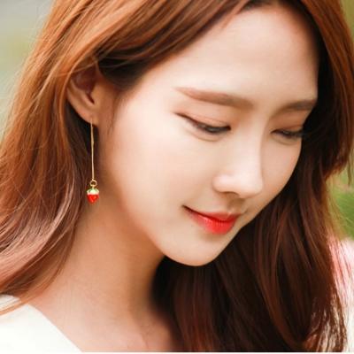 梨花HaNA-無耳洞韓國甜蜜幻想草莓女孩垂線耳環夾
