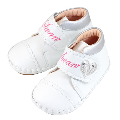 Swan天鵝童鞋-swan英文字亮片愛心花邊寶寶鞋 1535-白