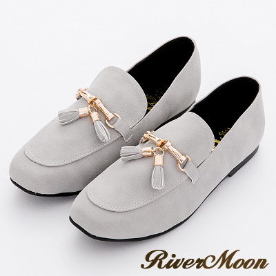 River&Moon文藝金墜小流蘇樂福深口平底鞋-灰系