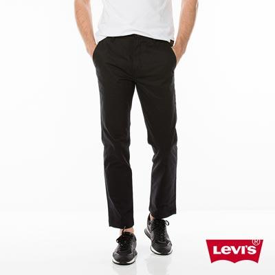 Levis 男款 SKATEBOARDING 滑板質感黑直筒休閒褲