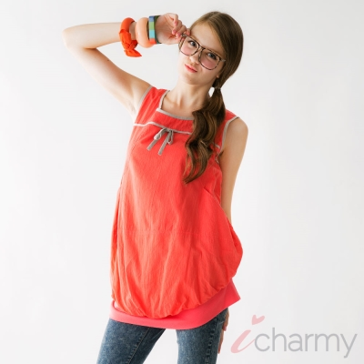 愛俏咪I charmy 橘紅棉質甜美撞色滾邊口袋背後拉鏈束口背心長版上衣