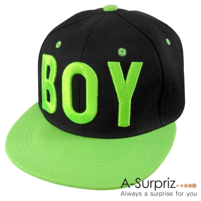 A-Surpriz 韓版街頭流行風字母BOY棒球帽(黑頂綠簷綠字)
