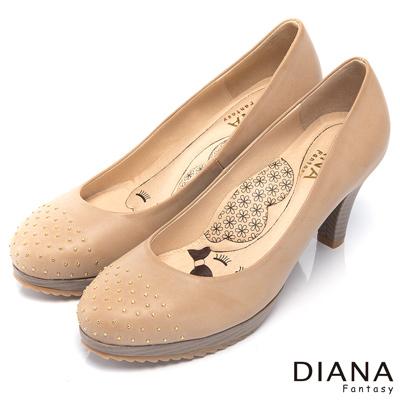 DIANA-超厚切LADY款-時尚魅力鉚釘真皮跟鞋