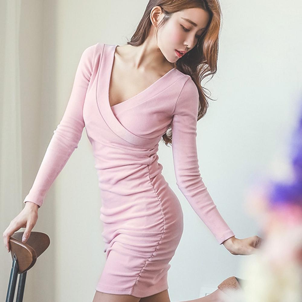 高質感V開襟抓皺包臀洋裝 (共二色)-Q-chic