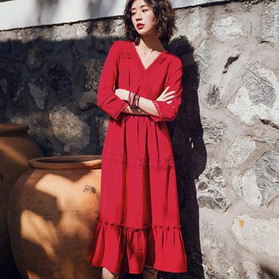 民族風拼接縷空蕾絲大擺洋裝 (紅色)-Kugi Girl