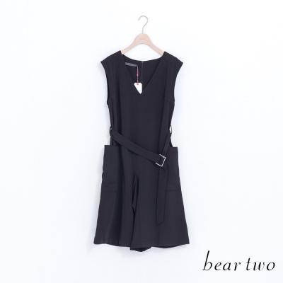 beartwo-摩登V領附腰帶造型連身褲-黑色
