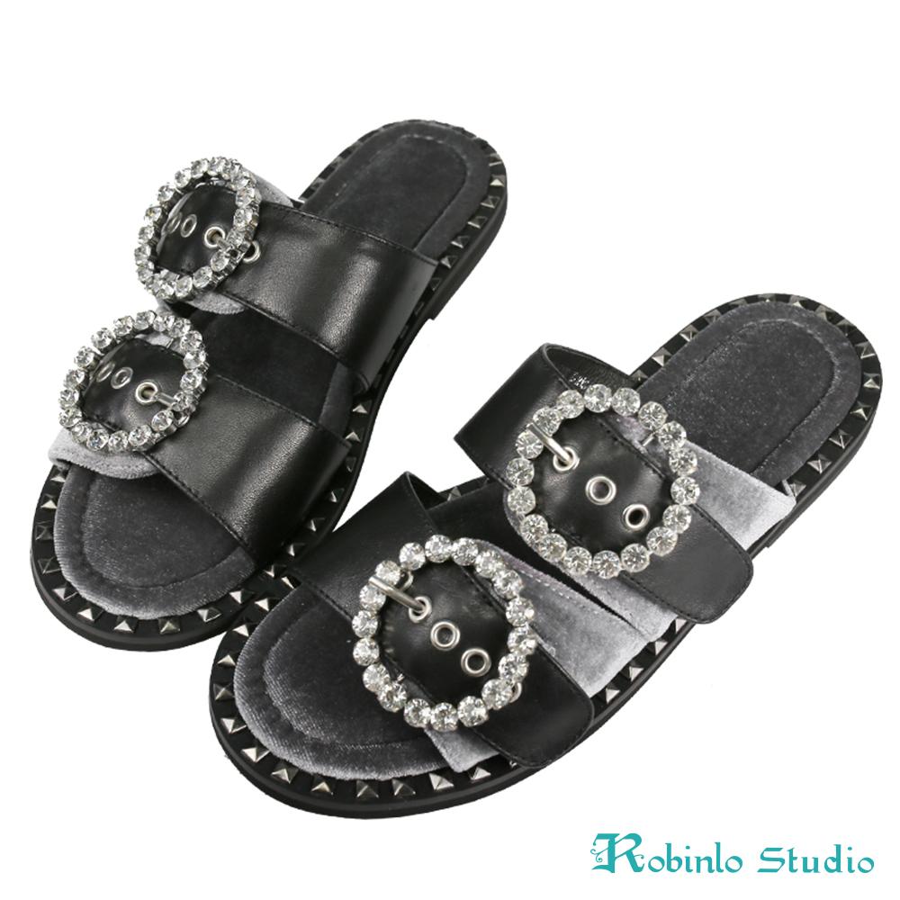 Robinlo Studio 奢華絲絨水鑽飾釦雙帶拖鞋 黑色