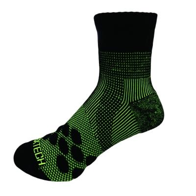 EGXtech 中筒多功 8 字AIR運動襪(P 83 螢光綠) 2 雙入