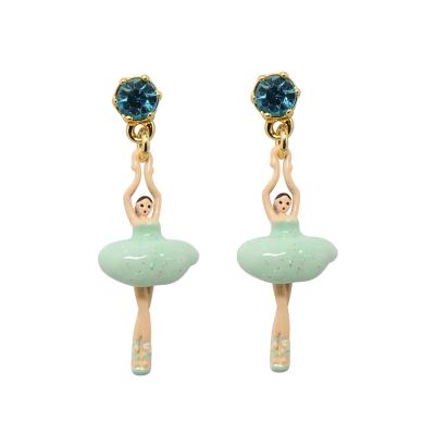 Les Nereides 優雅芭蕾舞女孩系列 閃耀水鑽淺綠色迷你芭蕾舞者耳針式耳環