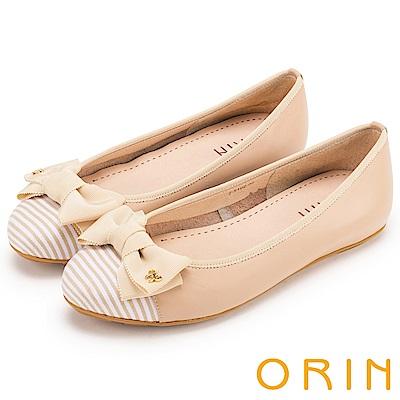 ORIN 微甜新時尚 牛皮拼接條紋布面平底娃娃鞋-粉膚