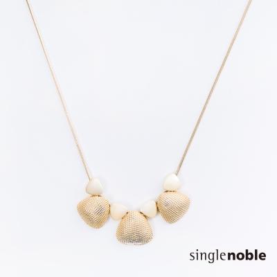 獨身貴族 小美人魚金色貝殼裝飾項鍊(1色)