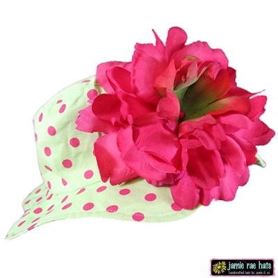 Jamie Rae 綠底糖果粉點點覆盆子牡丹款小女童遮陽帽