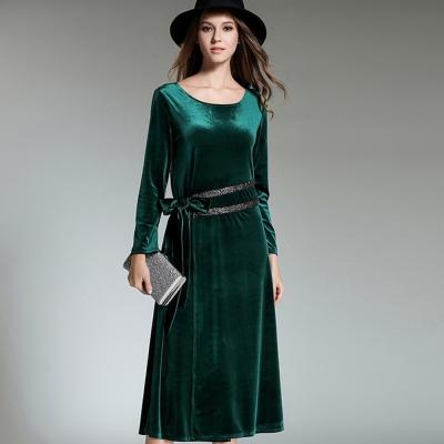 a la mode 艾拉摩兒 墨綠天鵝絨銀鑽珠腰飾綁帶長袖洋裝(S-XL)