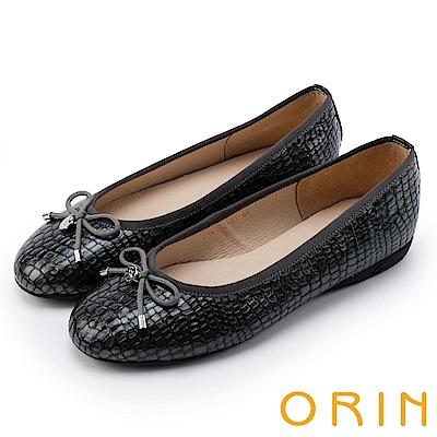 ORIN 輕熟魅力 經典鏡面牛皮壓紋娃娃鞋-灰色