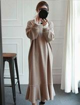 蕾絲鑲邊長袖長版連身裙