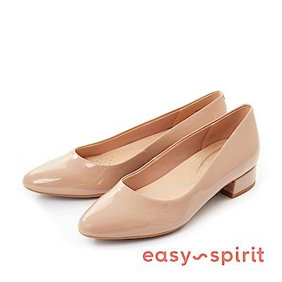Easy Spirit--經典素色尖頭低跟鞋-漆皮膚