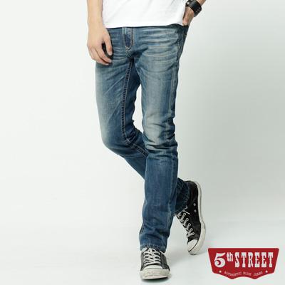 5th STREET 1965純棉窄直筒牛仔褲-男-石洗藍