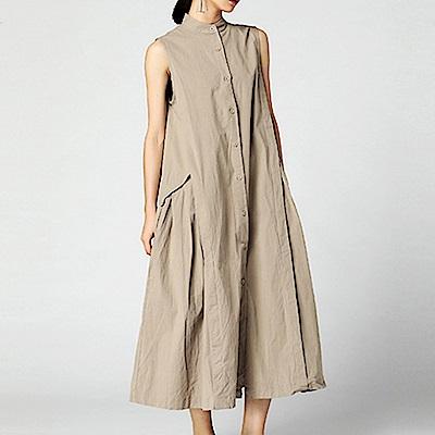 立領拼接寬擺排扣無袖洋裝-(共二色)Andstyle