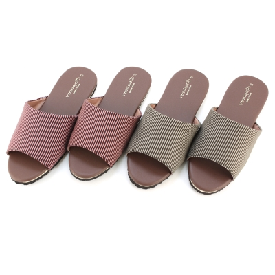仿皮拖鞋系列簡約直條室內拖鞋咖色兩雙
