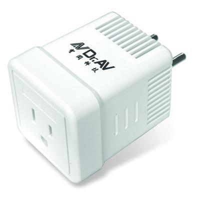 聖岡220V變110V電壓調整器(QB-220)