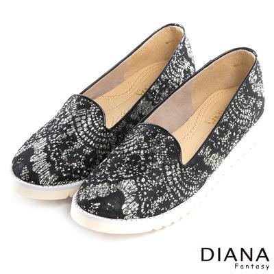 DIANA 輕。愛的--華麗巴洛克蕾絲懶人平底鞋-黑