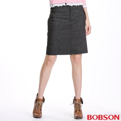 BOBSON 女款貼袋伸縮短裙