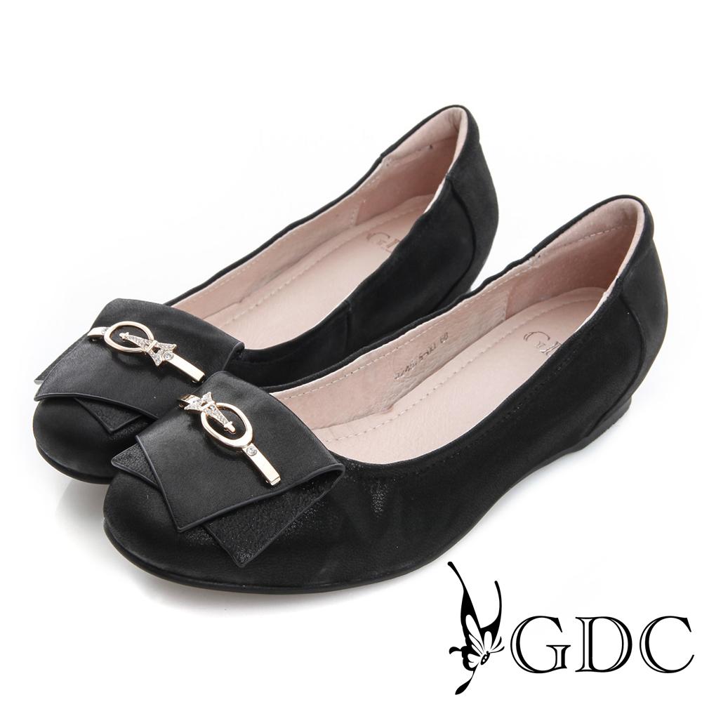 GDC百搭-真皮內增高巴黎鐵塔飾扣娃娃鞋-黑色