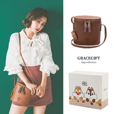 Disney collection by Grace gift奇奇蒂蒂壓紋雙拉鍊圓筒側背包
