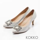 KOKKO-紅毯絢燦浪漫花鑽尖頭高跟鞋-古典白