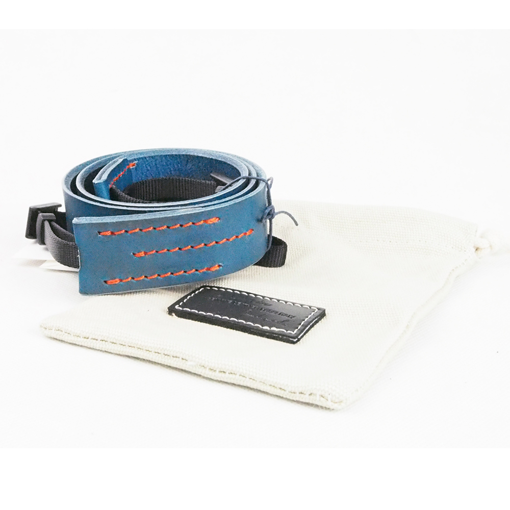 Cam in 義大利真皮相機背帶(共5色)-藍色