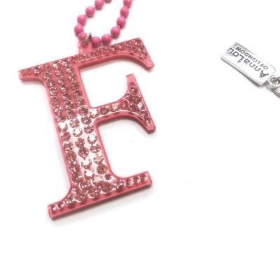 Anna Lou Of London 倫敦品牌 水晶字母項鍊 F 粉紅色