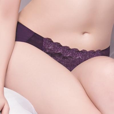 莎薇 魔力推推魔翼蕾絲-舒適無痕 L-3L 中低腰三角內褲(暗夜紫)