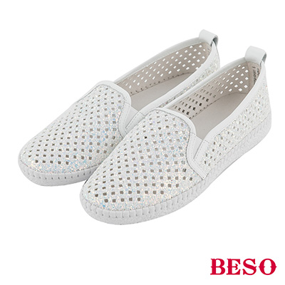 BESO 時髦炫彩 金蔥閃耀簍空雕花休閒鞋~白