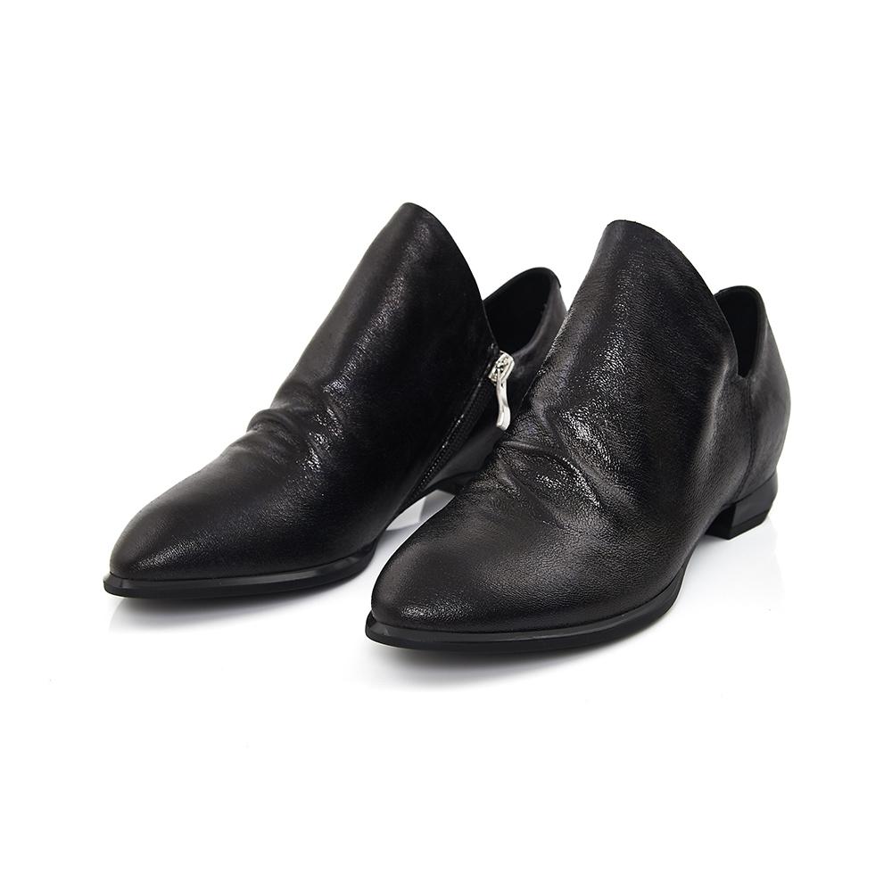 TAS 金屬抓皺羊皮V口尖頭紳士鞋-爵士黑
