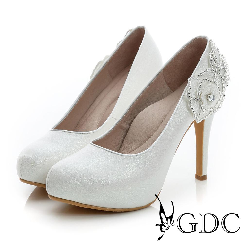GDC幸福-花朵造型水鑽珠光真皮高跟鞋(婚鞋)-白色