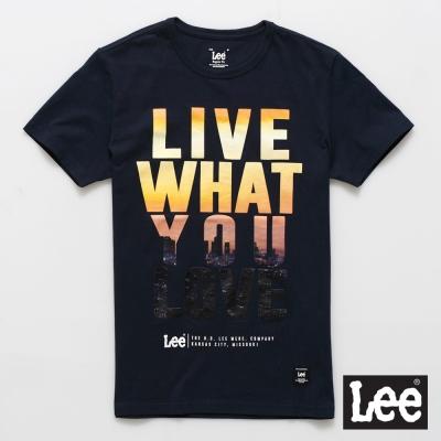 Lee 短袖T恤 夕陽文字圖案文字印刷-男款(深藍色)