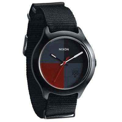 NIXON QUAD 拼裝潮流都會休閒腕錶-黑x灰x紅/39mm