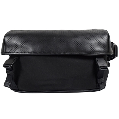 COACH-經典烙印皮革洞洞帆布雙扣式斜背包-黑