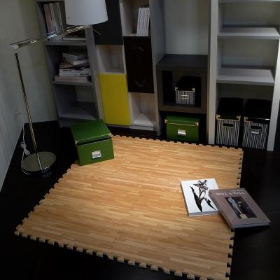 【新生活家】EVA耐磨拼花木紋地墊-淺色62x62x1.4cm12入