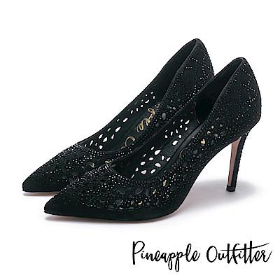 Pineapple Outfitter 璀璨光芒  水鑽鏤空尖頭高跟鞋-麂黑