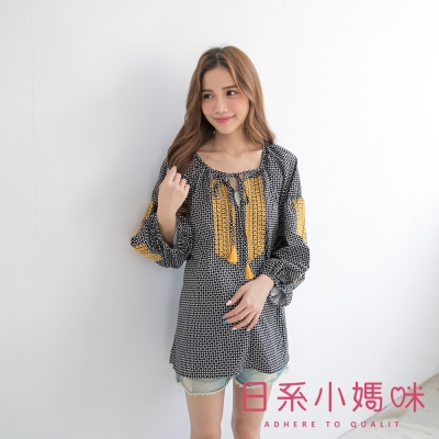 日系小媽咪孕婦裝-民族風流蘇綁帶澎澎袖格子上衣-共二色