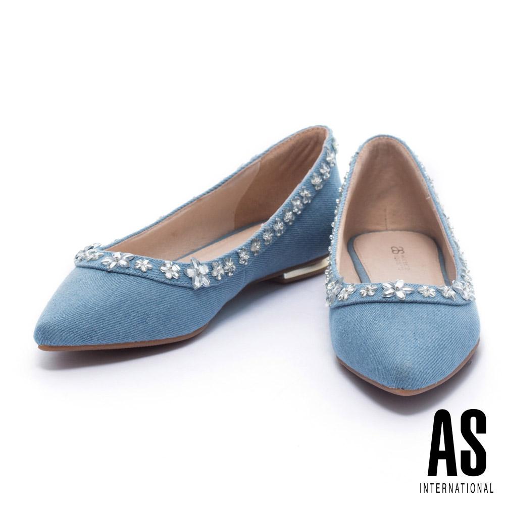 平底鞋 AS 清新浪漫晶鑽花卉排列設計丹寧尖頭平底鞋-藍
