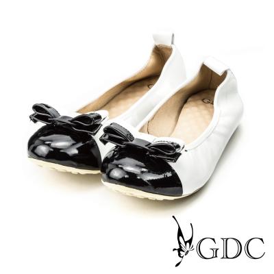 GDC-蝴蝶雙色拼接彈力舒適真皮平底娃娃鞋-白色