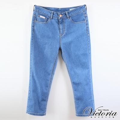Victoria中大尺碼 加大天絲棉中藍七分褲-女-中藍
