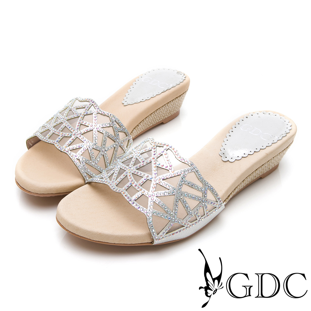 GDC-特殊簍空水鑽舒適拖鞋-銀色