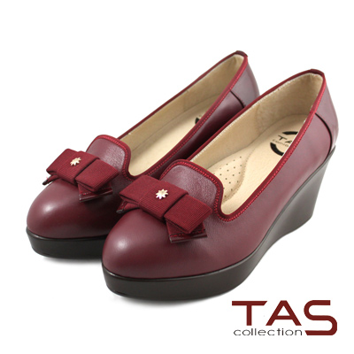 TAS 層次蝴蝶結滾邊楔型樂福鞋-酒釀紅