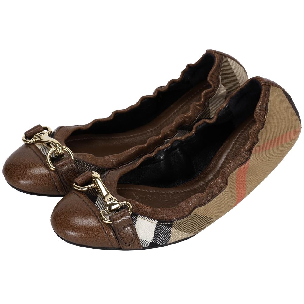 BURBERRY 經典格紋金屬釦頭芭蕾舞鞋(咖啡色)
