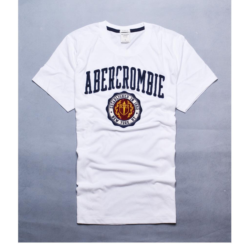 A&F Abercrombie & Fitch 仿舊磨破圖騰貼布圓領短袖T恤-白