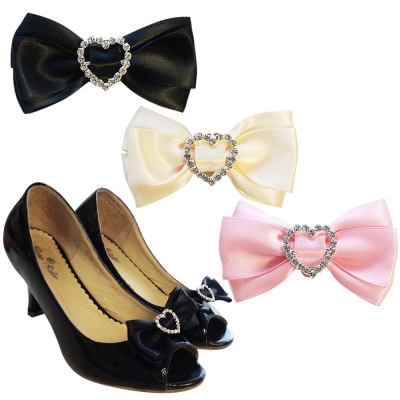 足的美形  經典蝴蝶結愛心水鑽鞋飾 (1對)